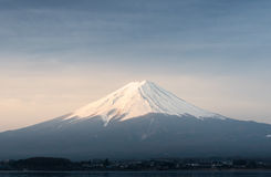 Sonnenaufgang am Berg Fuji fujisan vom Kawaguchigo See bei Yamana Lizenzfreies Stockfoto
