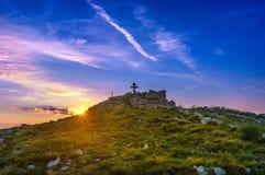 Sonnenaufgang am Berg Rtanj Lizenzfreies Stockbild