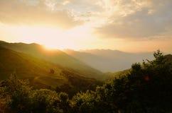 Sonnenaufgang, Berge Stockbilder
