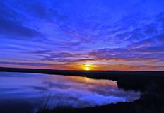 Sonnenaufgang-Blau Lizenzfreies Stockbild