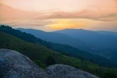 Sonnenaufgang an Broga-Hügel, Malaysia Stockfoto