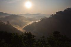 Sonnenaufgang in Bwindi Lizenzfreie Stockfotos
