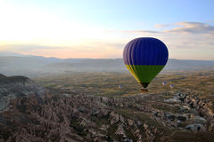 Sonnenaufgang an Cappadocia-Ballon stockbilder