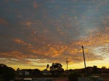 Sonnenaufgang Coober Pedy South Australia die natürlichen Farben des Hinterlandes Lizenzfreie Stockfotos