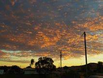Sonnenaufgang Coober Pedy South Australia die natürlichen Farben des Hinterlandes Stockfotos