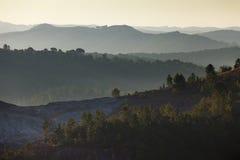 Sonnenaufgang in den Bergen Stockbilder