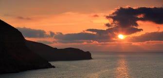 Sonnenaufgang in den Bergen. Berg Meganom, Krim, Ukraine Lizenzfreie Stockbilder