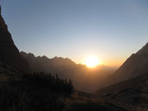 Sonnenaufgang in den Dolomit lizenzfreie stockfotografie