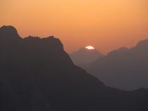 Sonnenaufgang in den Dolomit stockbilder