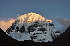 Sonnenaufgang an der Montierung Kailash lizenzfreies stockbild