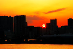 Sonnenaufgang an der Stadt von Tokyo stockbild