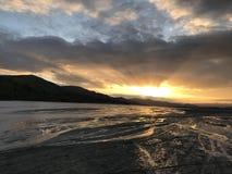 Sonnenaufgang durch den Lahar Stockfotos
