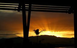 Sonnenaufgang durch mein Fenster Stockbilder