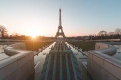 Sonnenaufgang am Eiffelturm Paris, Frankreich Stockbild