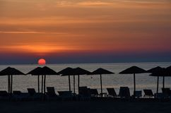 Sonnenaufgang an einem Strand in Katerini, Griechenland lizenzfreies stockbild