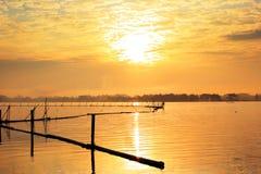 Sonnenaufgang in Fluss Stockfotografie