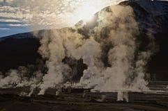 Sonnenaufgang an Geysiren EL Tatio, Atacama Lizenzfreies Stockfoto
