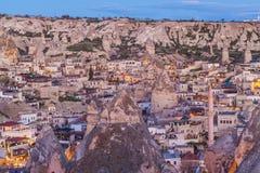 Sonnenaufgang in Goreme-Stadt, die Türkei lizenzfreies stockbild