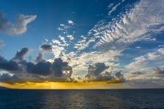 Sonnenaufgang-Himmel-Spur Lizenzfreie Stockfotos