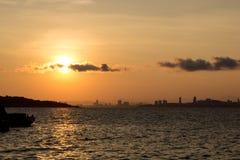 Sonnenaufgang an KOH lan Lizenzfreie Stockfotos