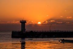 Sonnenaufgang, Leuchtturm, Dämmerung Stockfotos