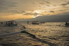 Sonnenaufgang an Lovina-Strand Lizenzfreie Stockfotografie