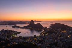 Sonnenaufgang Morro Dona Marta, Rio de Janeiro, Brasilien Lizenzfreies Stockfoto
