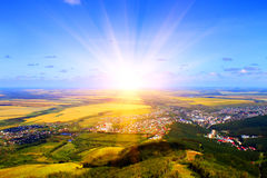 Sonnenaufgang. Mountain View Lizenzfreie Stockfotografie
