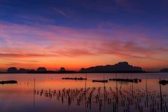 Sonnenaufgang an Phangnga-Bucht Stockbilder