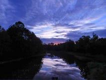 Sonnenaufgang-Reflexionen Lizenzfreie Stockfotos