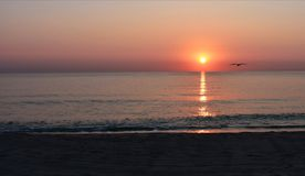 Sonnenaufgang Schwarzen Meers lizenzfreies stockfoto