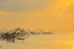 Sonnenaufgang am See Thailand Stockfotografie