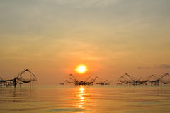 Sonnenaufgang am See Thailand Lizenzfreie Stockfotografie