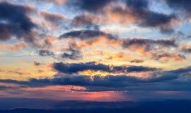 Sonnenaufgang-/Sonnenunterganghimmel Stockfotos