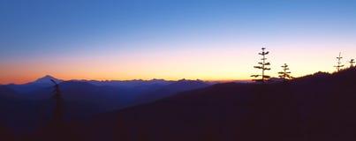 Sonnenaufgang-Spitze Stockbild