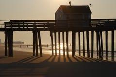 Sonnenaufgang am Strand Stockbild