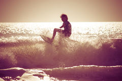 Sonnenaufgang-Surfen Stockfoto