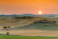Sonnenaufgang in Toskana Lizenzfreies Stockfoto