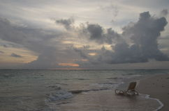 Sonnenaufgang, tropischer Strand, Dominikanische Republik Stockbilder