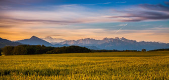 Sonnenaufgang und Mont Blanc stockfotografie