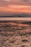 Sonnenaufgang und Sonnenuntergang in Penang-Brücke George Town, Penang Malaysia Lizenzfreie Stockfotos