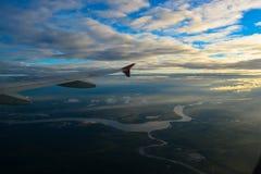 Sonnenaufgang und Wolken lizenzfreie stockbilder