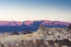 Sonnenaufgang an Zabriskie-Punkt, Nationalpark Death Valley, USA Stockfotografie