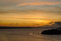 Sonnenaufgangansicht des frühen Morgens über das Meer Lizenzfreie Stockfotos