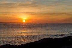 Sonnenaufgangansicht des frühen Morgens über das Meer Lizenzfreies Stockfoto