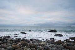 Sonnenaufgangansicht des frühen Morgens über das Meer Lizenzfreie Stockfotografie