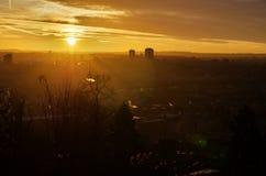 Sonnenaufgangansicht von der Höhe von Prag, Tschechische Republik Lizenzfreies Stockfoto