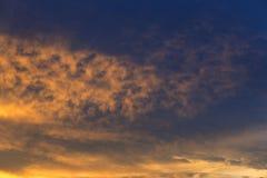 Sonnenaufganghimmel Lizenzfreie Stockfotos