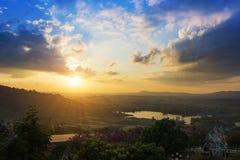Sonnenaufganglandschaft natürlich lizenzfreie stockfotografie