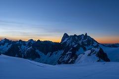 Sonnenaufganglicht im Valle Blanche stockbilder